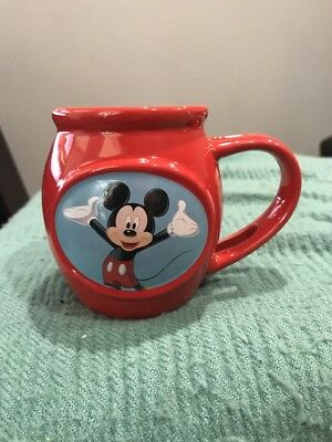 Walt Disney Mickey Mouse Ceramic Coffee Cup/Mug Red 2013 Tea Character