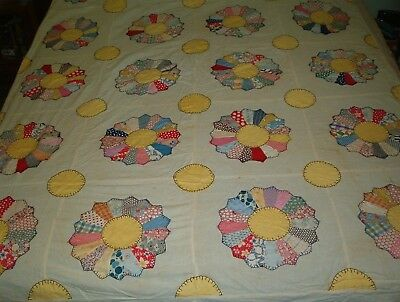 Vintage quilt top, flower garden (flower garden ?), feedsack blocks