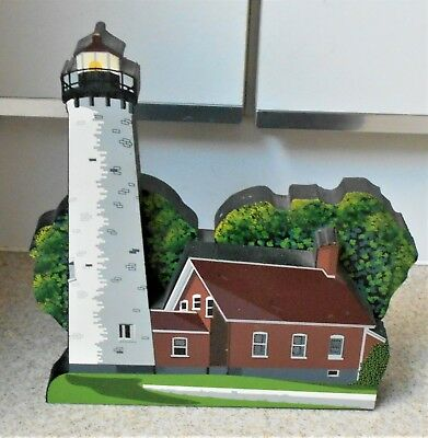 Vintage 2000 3D Shelia's Collectibles Wood Tawas Point Lighthouse MI