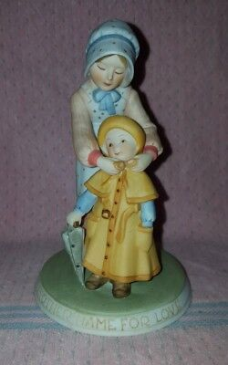 Holly Hobbie Figurine Limited Edition 1979 A Mother's Love Fine Porcelain