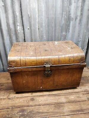 Vintage Tin Trunk Steamer Trunk Vintage Luggage Storage