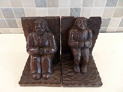 VERY OLD 18thC HAND CARVED SOLID OAK BOOKENDS OF TWO GENTLEMEN IN PERIOD DRESS
