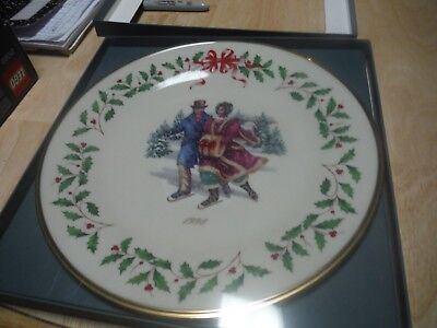 Lenox China Annual Holiday Christmas Plate 1998 Skating Original Box