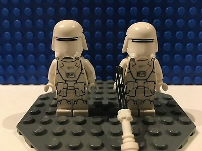 LEGO Star Wars Force Awakens Minifigure Lot First Order Snowtrooper x2 set 75126