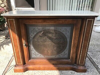 70's Victorian ENTRYWAY TABLE TV STAND CURIO CABINET MARBLE TOP ETCHED GLASS LIT