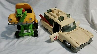 Lot of 2 Toy Vintage  GHOSTBUSTERS ECTO 1 AMBULANCE & HIGHWAY HAULER VW BEETLE