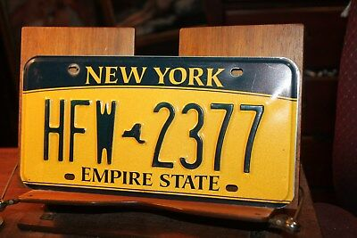 2010 New York Empire State License Plate HFW 2377