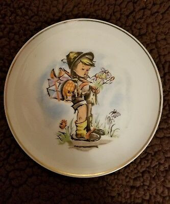 Hummel style Plate Suitor Little boy gifts for his Love 7-1/8 in Vintage