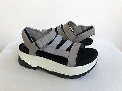 84b0fa4357 Teva Women Zamora Grey Flatform Platform Foam Sandals Us 10 / Eu 41 / Uk 8