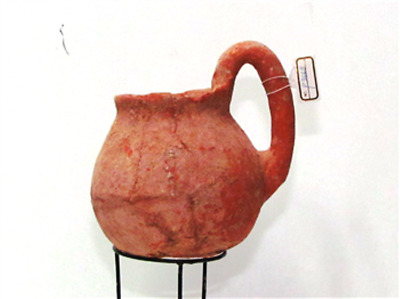 early bronze age terra cotta jug EBl  with high loop handle p3668