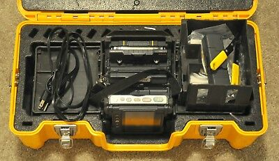 Fujikura FSM-70R Fusion Splicer w/ CT-30 Cleaver and Accessories 746 ARCS USA