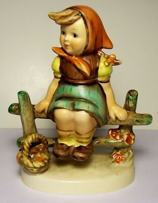 Hummel Goebel Figurine - Just Resting - # 112 3/0