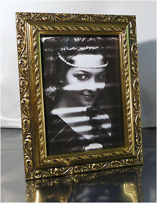 "Vintage Ornate Gold Toned Photo Picture Frame, 9"" x 7"""