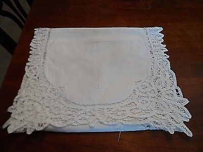 """Vintage Battenberg Lace Trimmed Table Runner with Embroidery 15"""" X 49"""""""