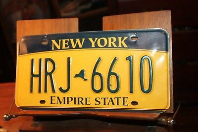 2010 New York Empire State License Plate HRJ 6610 (B)