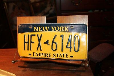 2010 New York Empire State License Plate HFX 6140