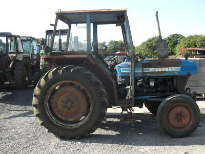 Ford 4100 Tractor - BREAKING FOR SPARES