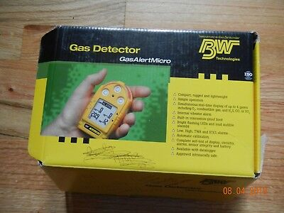 BW Honeywell Gas Alert Micro 4 gas detector, complete and operational needs cal