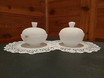 One Pair Of Pre-Owned Frosted Glass Powder/trinket Boxes/candy Dishes With Lids