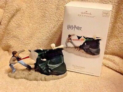 "Hallmark Lighted Sound  ""harry Potter  The Final Battle"" Christmas Ornament 2012"