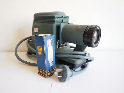 """""""Argus"""" Vintage 4 Inch Projector. Great Condition. Bargain. North Ryde"""