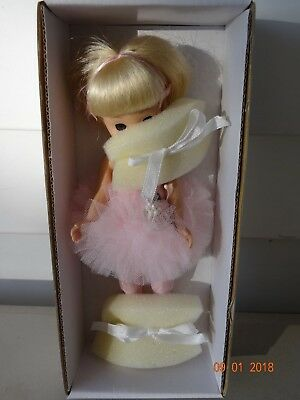 """Tonner """"Takes a Ballet Class"""" 8"""" Betsy McCall Collectible Doll, Blonde NIB, 1101"""