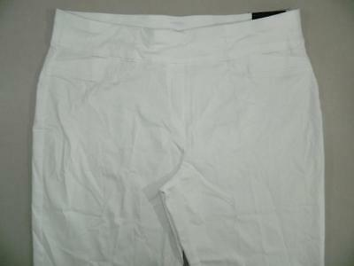 f6087283171 WP8835 Alfred Dunner Women s Plus White Pull On Capri Pants NWT Size 22W ...