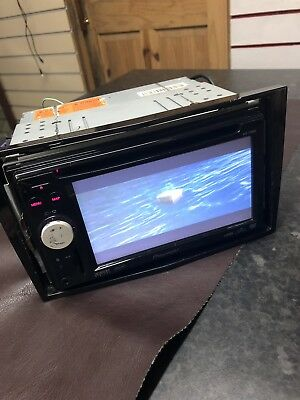 Pioneer avic f900bt double din car stereo CD player touch screen