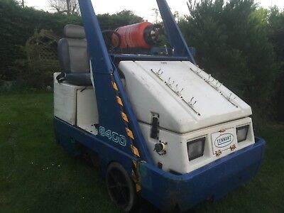 tennant commercial sweeper Floor Sweeper Scrubber Ride On Sweeper