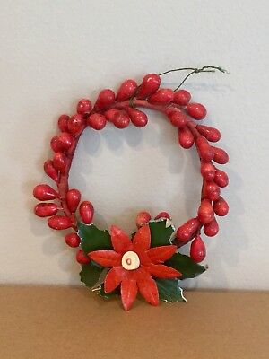 Vintage Red Berries Christmas Wreath - 4.5 Inches