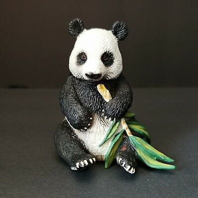 Schleich Giant Panda Figure with Bamboo Lifelike Toy Diorama Model 14664 2012