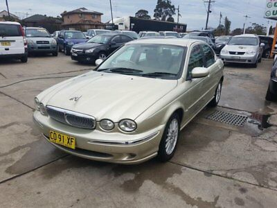 2005 Jaguar X-Type X400 MY05 SE Gold Automatic 5sp A Sedan