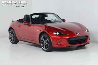 Mazda MX-5 Miata Grand Touring * Nav * 6 Speed Manual * Bluetooth * Grand Touring * Nav * 6 Speed Manual * Bluetooth * Super Clean * 2 dr Convertibl