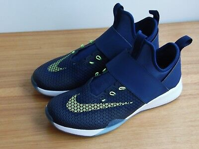 buy popular f3946 3351a Nike Womens Air Zoom Strong Running Training Shoes Sz. 6 843975 403