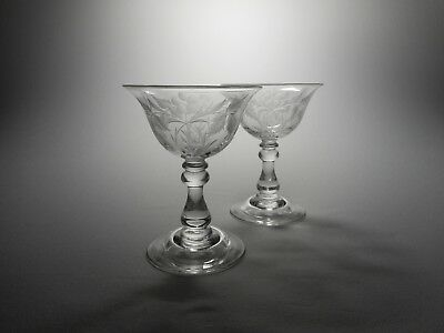 A Pair Of 19th C. Elegant Blown Engraved Crystal Sweetmeat Glasses - Domed Foot