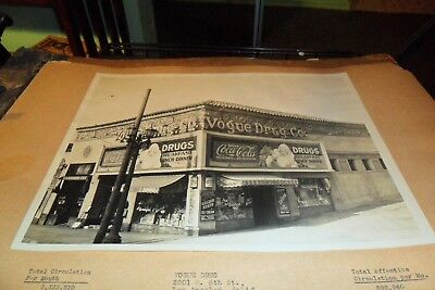 8/10 Black&white Coca Cola Store Front From Salesman Book Vogue Drugs L.a.
