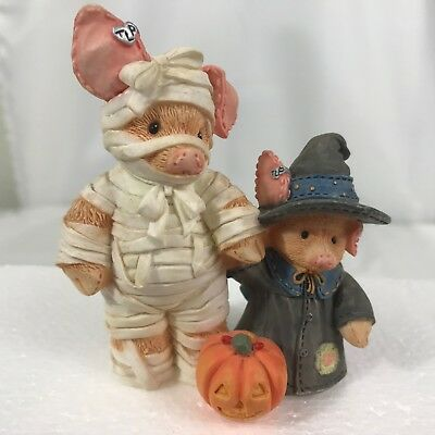 Enesco This Little Piggy 145734 You Are Such a Treat Mummy Witch Halloween Pigs