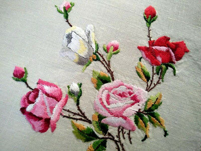 Exquisite Rose Bouquet  ~Vintage Hand Embroidered Tray-mat/Centre