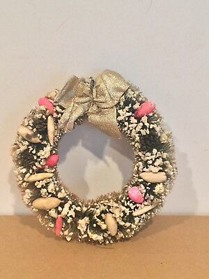 """Vintage Bottle Brush Christmas Wreath - 5"""" With Fruit / Pine Cones"""