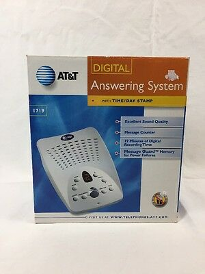 AT&T Telephone Digital Answering System Machine with Time Date Stamp Model 1719