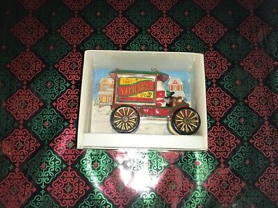 1981 Hallmark Ornament Rooftop Deliveries Very Good Condition
