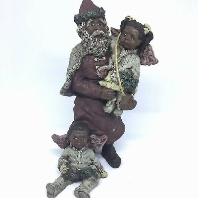 Sarahs Attic Black Heritage Old World Santa December Gift of Peace Figurine