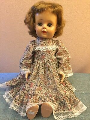 """Vintage 1953 Eegee 22"""" Walker Doll -Exc Condition Crier Works Eyes Open & Close"""