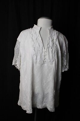 Women's Plus Top White Short Sleeve Floral Lace Faux Pearl Buttons Size 3X T8