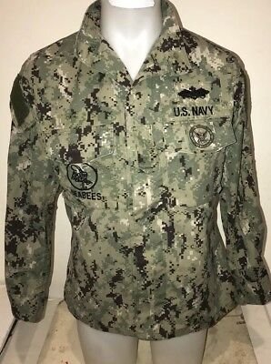 US Navy Nwu Type III AOR2 SEAL Seabees Green Digital Jacket Small REG Excellent