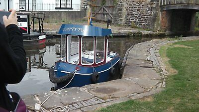 boat, Mini tug, with trailer, Electric boat,
