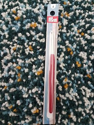 Prym Crochet Hook For Wool no.4 with soft handle