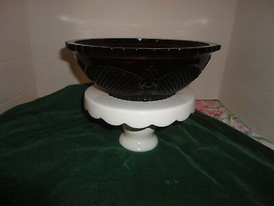Avon Cape Cod 1876 Ruby Red Cranberry Salad Vegetable Serving Bowl