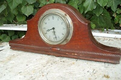 Vintage Car  Clock Smiths  Working  Clock Front  Door  Opening