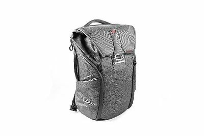 Peak Design Everyday Backpack 20L CHARCOAL- New Without Packaging